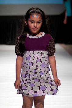 """Desfile """"D.I.Va"""" Diseño Independiente de Valdivia 2012 y su apuesta por la apertura del diseño local Diva, High Neck Dress, Dresses, Fashion, Aperture, Turtleneck Dress, Vestidos, Moda, La Mode"""