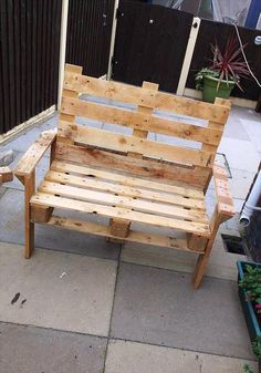 pallets that will organize your patios then other awesome looking outdoors then we are having here this DIY pallet bench and coffee table set, done by one