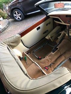 Triumph Spitfire 1500 - interior Custom Car Seats, Triumph Spitfire, Automobile, Satchel, Cars, Restoration, Motorcycles, Upholstery, British