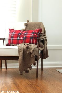 Making a POP with this @homegoods plaid pillow! It's all about plaid this Christmas. (Sponsored Pin)
