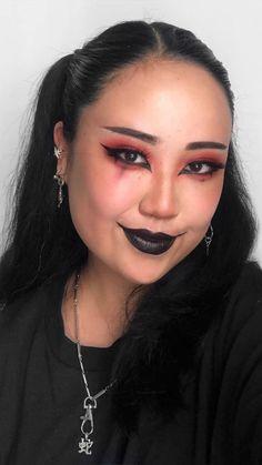 Glam Rock Makeup, Emo Makeup, Baddie Makeup, Grunge Makeup, Asian Makeup, Girls Makeup, Grunge Hair, Witchy Makeup, Dark Makeup