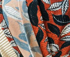Ouh la copieuse (tuto) – Bobines et Chocolat Diy And Crafts, Bandana, Patterns, Tutorial Sewing, Couture Skirts, Bandanas