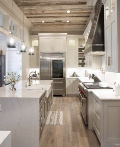 Ambrosial Kitchen layout for remodel,Small kitchen design layouts uk and Kitchen remodel island ideas. Küchen Design, Deco Design, House Design, Design Ideas, Design Styles, Luxury Kitchens, Home Kitchens, Tuscan Kitchens, Kitchen Interior