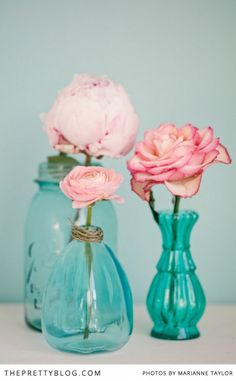 Pink roses in turquoise antique vases make a pretty centerpiece for a springtime tea party. Aqua, Pink Turquoise, Turquoise Glass, Turquoise Party, Turquoise Cottage, Tea Party Wedding, Tea Party Birthday, Wedding Blog, Dress Wedding