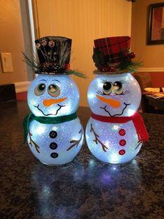 Christmas Garden Decorations, Christmas Craft Fair, Christmas Crafts For Gifts, Christmas Ornament Crafts, Snowman Crafts, Homemade Christmas Gifts, Christmas Snowman, Christmas Projects, Holiday Decor