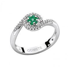 Anello in oro bianco con diamanti e smeraldi #CometeGioielli _ Collezione Divina ORP 476