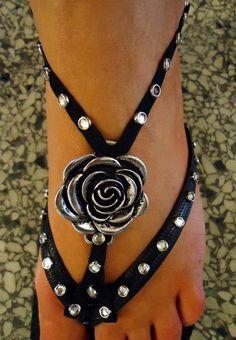 Dressy flip flop sandal Flower Flip Flop Jewelry by moondropdreams, $25.00
