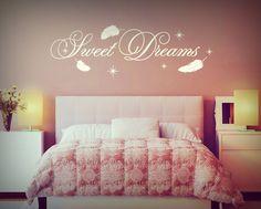 Wandtattoo Sweet Dreams #Wandtattoo #Schlafzimmer #Sweetdreams #Wanddeko #Federn