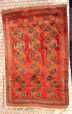 Raro tappeto nomade antico delle tribù Ersari. Pieno '800