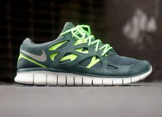 e9c27cf35ea3 nike free run 2 vintage green flash lime 2 Nike Free Run+ 2 Vintage Green  Nike