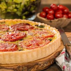 Mediterranean Tomato Tart for #SundaySupper | Magnolia Days