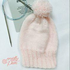 Gorrito de bebé #knittersofinstagram #knitforkids #knit #craftypam #addifriends #addineedles