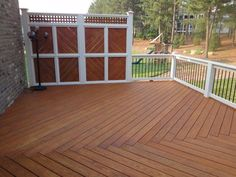 deck privacy wall | Forest Deck from Cary Deck  Screen Porch Construction | Raleigh Deck ...