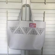 Beach bag White beach bag brand new. Chic and Sleek Bags Shoulder Bags