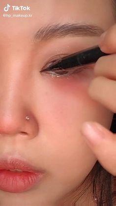 Korean Natural Makeup, Korean Makeup Look, Asian Eye Makeup, Makeup Eye Looks, Cute Makeup, Asian Makeup Looks, Soft Makeup, Makeup Looks Tutorial, Eyeliner Tutorial