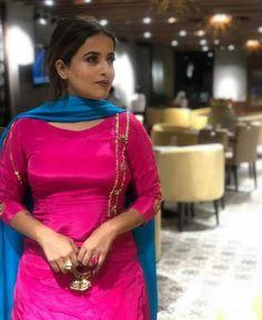 Patiala Suit Designs, Patiala Salwar Suits, Indian Salwar Suit, Shalwar Kameez, Girls Party Wear, Party Wear Dresses, Designer Punjabi Suits, Indian Designer Wear, Indian Fashion Dresses