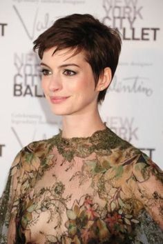 Anne Hathaway won't be up for 2 of the same Oscars