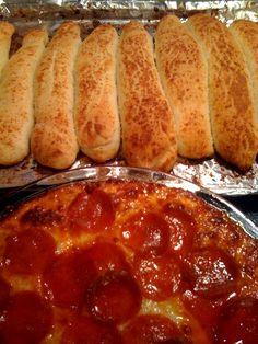 Sweet Tea and Cornbread: Pizza Dip and Homemade Bread Sticks!