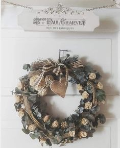 Christmas Wreaths, Holiday Decor, Diy, Home Decor, Decoration Home, Bricolage, Room Decor, Do It Yourself, Home Interior Design