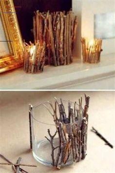 DIY-Deko: Zauberhafte Ideen zum Selbermachen - #twigcrafts - Tolle Deko muss nicht unbedingt teuer sein. Wir zeigen euch, wie ihr eure Wohnung mit einfachen Mitteln selbst wunderschön gestalten könnt...... Diy Candle Holders, Diy Candles, Ideas Candles, Candle Wax, Handmade Home, Diy Crafts For Kids, Home Crafts, Cheap Home Decor, Diy Home Decor