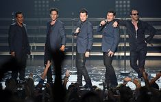 Joey McIntyre and Jordan Knight Photos - New Kids on the Block Perform in Vegas - Zimbio