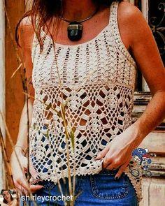 Free crochet top pattern for women, sleeveless crochet top pattern for beginners, easy crochet clothes Motif Bikini Crochet, Crochet Motifs, Crochet Stitches, Crochet Patterns, Crochet Ideas, Crochet Summer Tops, Easy Crochet, Crochet Lace, Crochet Granny