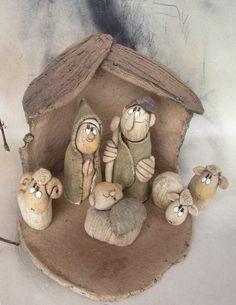 Betlém+...+Jeden+povánoční....ale+ony+tu+budou+letos+zase...+Stavba+17+cm+na+výšku+.Figurky+do+11+cm.+ Stone Art, Reindeer, Nativity, Garden Sculpture, Teddy Bear, Clay, Toys, Outdoor Decor, Animals