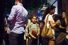 Cada vez más niños y niñas se integran al mercado laboral en Líbano, un país que se resquebraja bajo la presión del conflicto en la vecina Siria y una economía vacilante en medio de un vacío político. Además de las disputas sectarias que lo han caracterizado, este país está sin primer ministro desde marzo. Los legisladores no se pusieron de acuerdo sobre una ley para realizar las elecciones previstas para junio. Líbano también está dividido