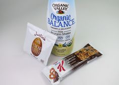 """Check out the """"FabFitFun Winter 2014 VIP box!  Organic Valley Milk Protein Shake,  Special K Chocolatey Pretzel Cereal Bar and Justin's Almond Butter"""