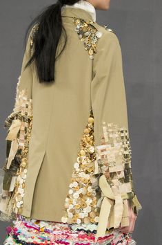 Viktor & Rolf at Couture Fall 2016 - Details Runway Photos Couture Fashion, Fashion Art, Runway Fashion, Boho Fashion, High Fashion, Fashion Show, Womens Fashion, Fashion Design, Couture Details