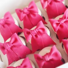 Good Morning Gift Wrapping, Headbands, Cakes, Instagram Posts, Gifts, Decor, Food Cakes, Presents, Dekoration