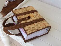 Simplicity Pattern One Size -Simplicity Crafts Cr Bible Bag, Bible Cases, Sewing Crafts, Sewing Projects, Fabric Book Covers, Bible Doodling, Beaded Bookmarks, Fabric Bags, Handmade Books
