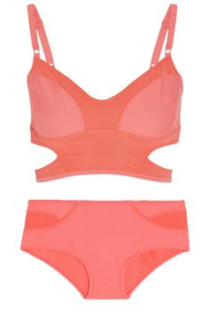 ccef0c914c3 Plajlarda hangi bikini ve mayo trendlerini göreceğiz