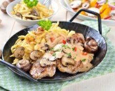 Poularde au Riesling (facile, rapide) - Une recette CuisineAZ