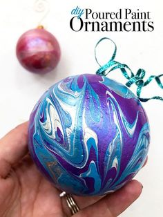 Poured Paint ornaments you can make in 15 minutes