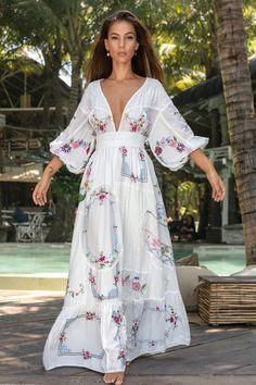 FloryDay / Chic Floral V-Neckline Maxi A-line Dress Beautiful Maxi Dresses, Trendy Dresses, Casual Dresses, Awesome Dresses, Dresses Dresses, Party Dresses, The Dress, Dress Skirt, Bodycon Dress