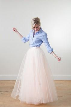 12 Perfect Outfits That Show How To Rock A Tulle Skirt RORESS closet ideas fashion outfit style apparel blue top, coral skirt Black Tulle Skirt Outfit, Coral Skirt, Long White Tulle Skirt, Blush Skirt, Pink Maxi, Bridal Skirts, Wedding Skirt, Tulle Skirts, Diy Tulle Skirt