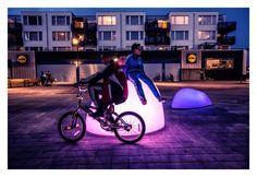 #netherlands #roosegaarde #installation #art #interactive #sculpture Marbles installation in Almere City http://www.archiref.com/en/ref/urban-landscapes-human-scale-31125?flagged=1#.UkfTIz8gpP4