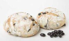 La tradizionale puccia salentina con le olive | Vizionario