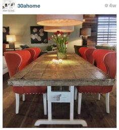 Love this dining room table & chairs!