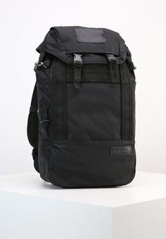 893e43e6d282d ¡Consigue este tipo de mochila de Eastpak ahora! Haz clic para ver los  detalles