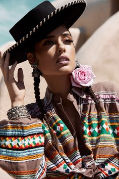 Mexican modern bohemian inspo, more inspo on the blog