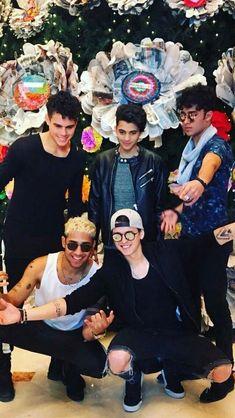 Cute Boys, My Boys, Memes Cnco, Cnco Richard, Song Lyrics Wallpaper, Five Guys, Disney Music, Ricky Martin, Latin Music