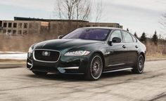 Jaguar XF Reviews - Jaguar XF Price, Photos, and Specs - Car and Driver