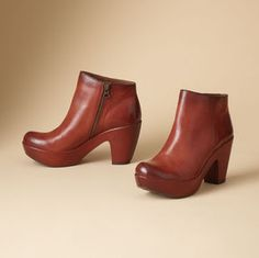 VEGGIE DYED KORK-EASE ANKLE BOOTS