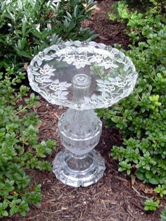 "Beautiful birdbath bird feeder garden art from repurposed glass. ""The Rose"" is repurposed glass art Beautiful birdbath bird feeder garden art from repurposed glass. ""The Rose"" is repurposed glass art. Glass Bird Bath, Sea Glass Art, Glass Birds, Fused Glass, Stained Glass, Garden Totems, Glass Garden Art, Garden Crafts, Garden Projects"