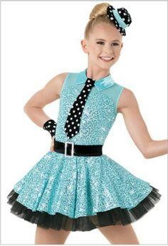Resultado de imagen para vestimenta o disfraz para jovencitos en danza moderna con tela de lunares