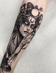 Floral Thigh Tattoos, Black Ink Tattoos, Mini Tattoos, Cute Tattoos, Body Art Tattoos, Cool Sleeve Tattoos, Black Art Tattoo, Big Tattoo, Evil Tattoos