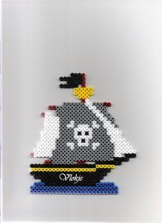 Piratenschiff / hama perler beads