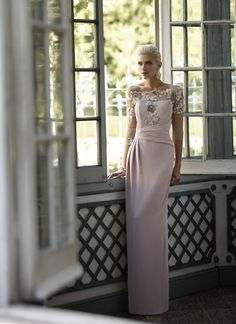 Mother of the bride dress Mother Of The Bride Bags, Mother Of Bride Outfits, Mothers Dresses, Coco Fashion, Women's Fashion, Evening Dresses, Formal Dresses, Bridesmaid Dresses, Wedding Dresses